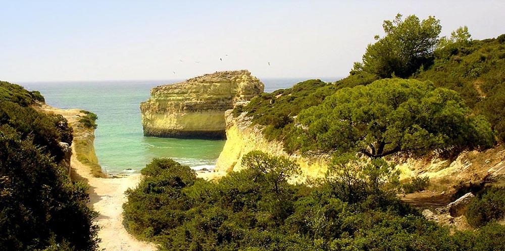 Praia do Barranquinho - Hidden Beaches - Algarve