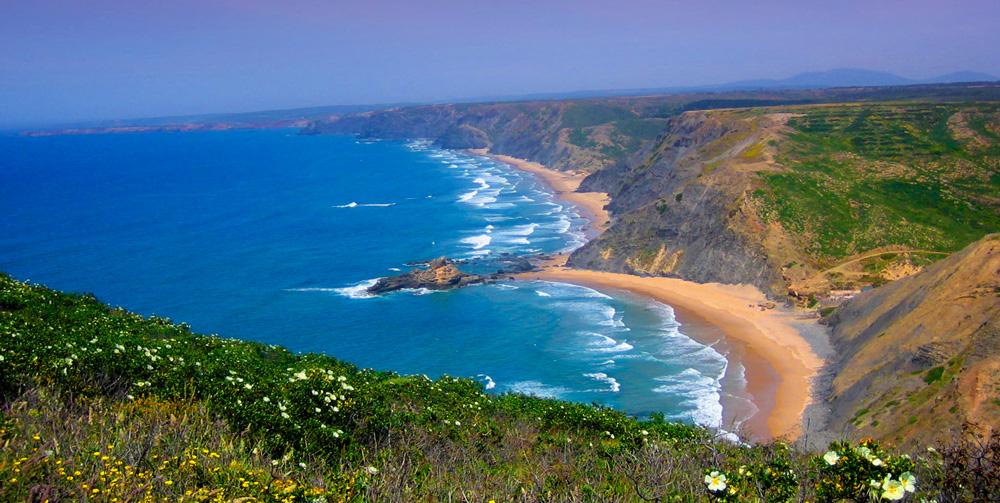 Algarve Where to Surf - Castelejo and Cordoama Beaches
